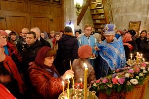 В Казанском храме состоялось торжественное богослужение по случаю престольного праздника